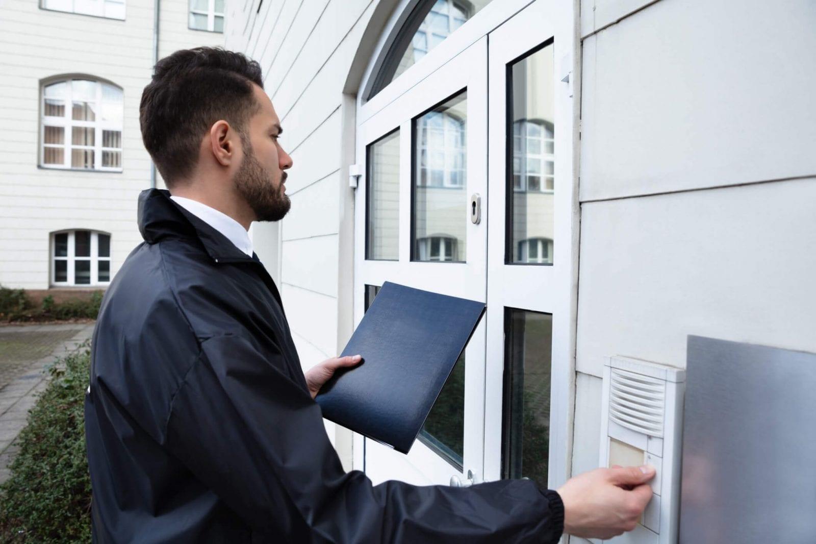 Síndico Profissional visitando condomínio