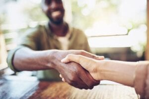 Atrair clientes para administradora de condomínio: 4 dicas ideais